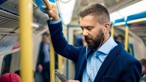 Короткие мужские стрижки без челки: модные тенденции и особенности укладки