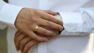 На какой руке мужчины носят обручальное кольцо?