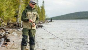 Выбираем демисезонный непромокаемый и дышащий костюм для рыбалки