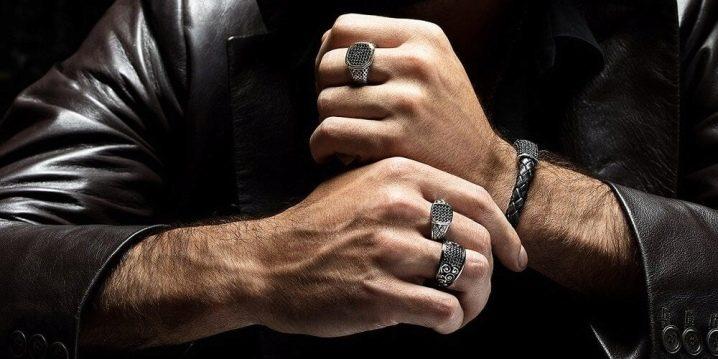 Как носят кольца мужчины?