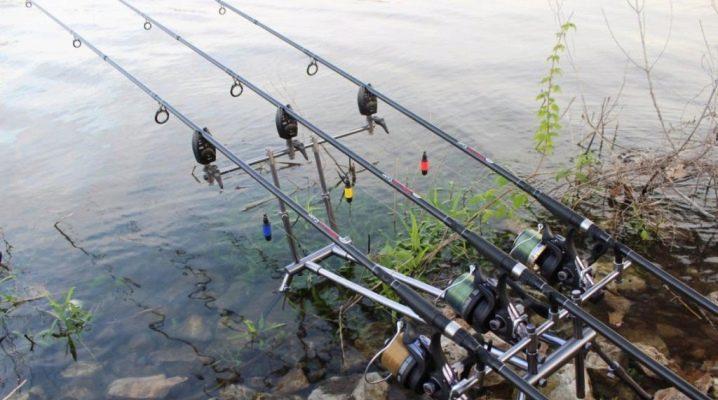 Как сделать донку для рыбалки из спиннинга?