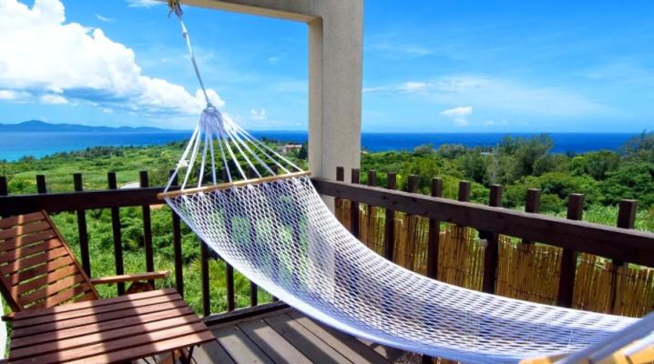 Какими бывают гамаки на балконе и как их закрепить?