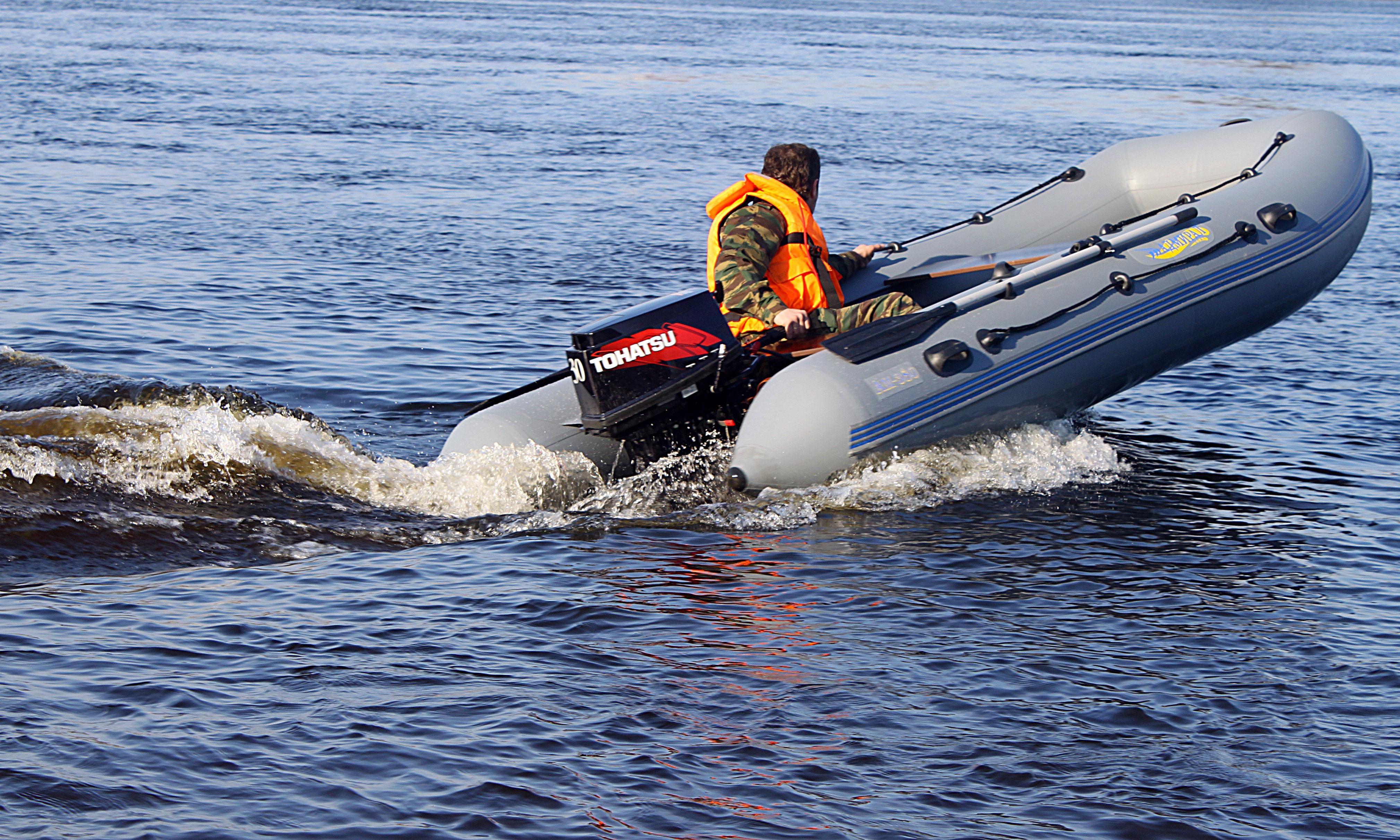 сорта, картинки лодка пвх с мотором длительный срок защищает
