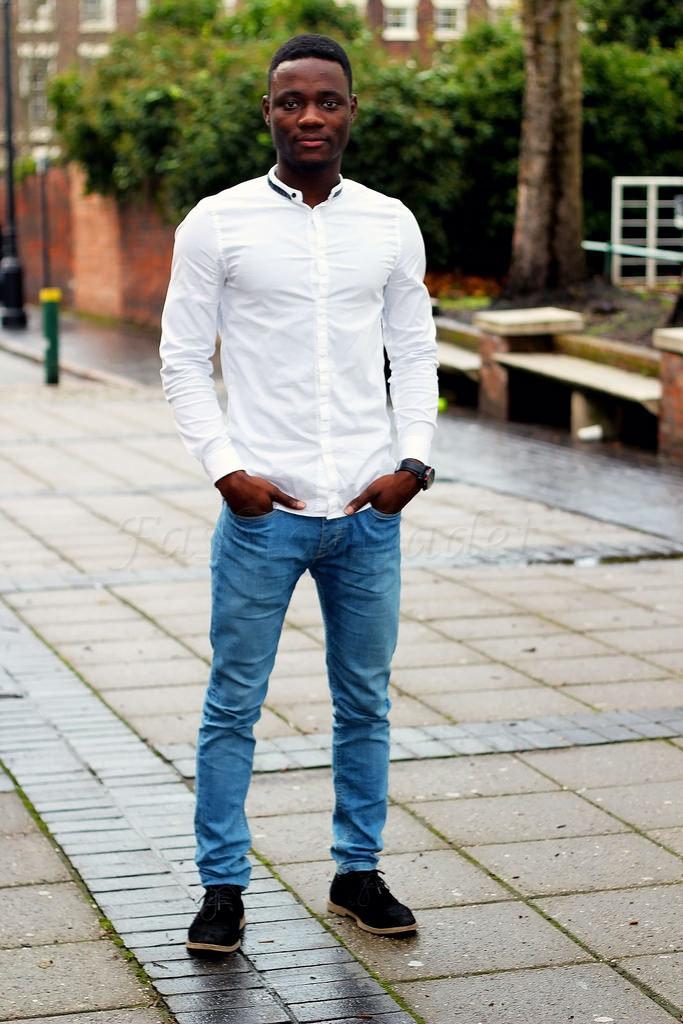 цилиндрической белая рубашка и джинсы картинки различных типах