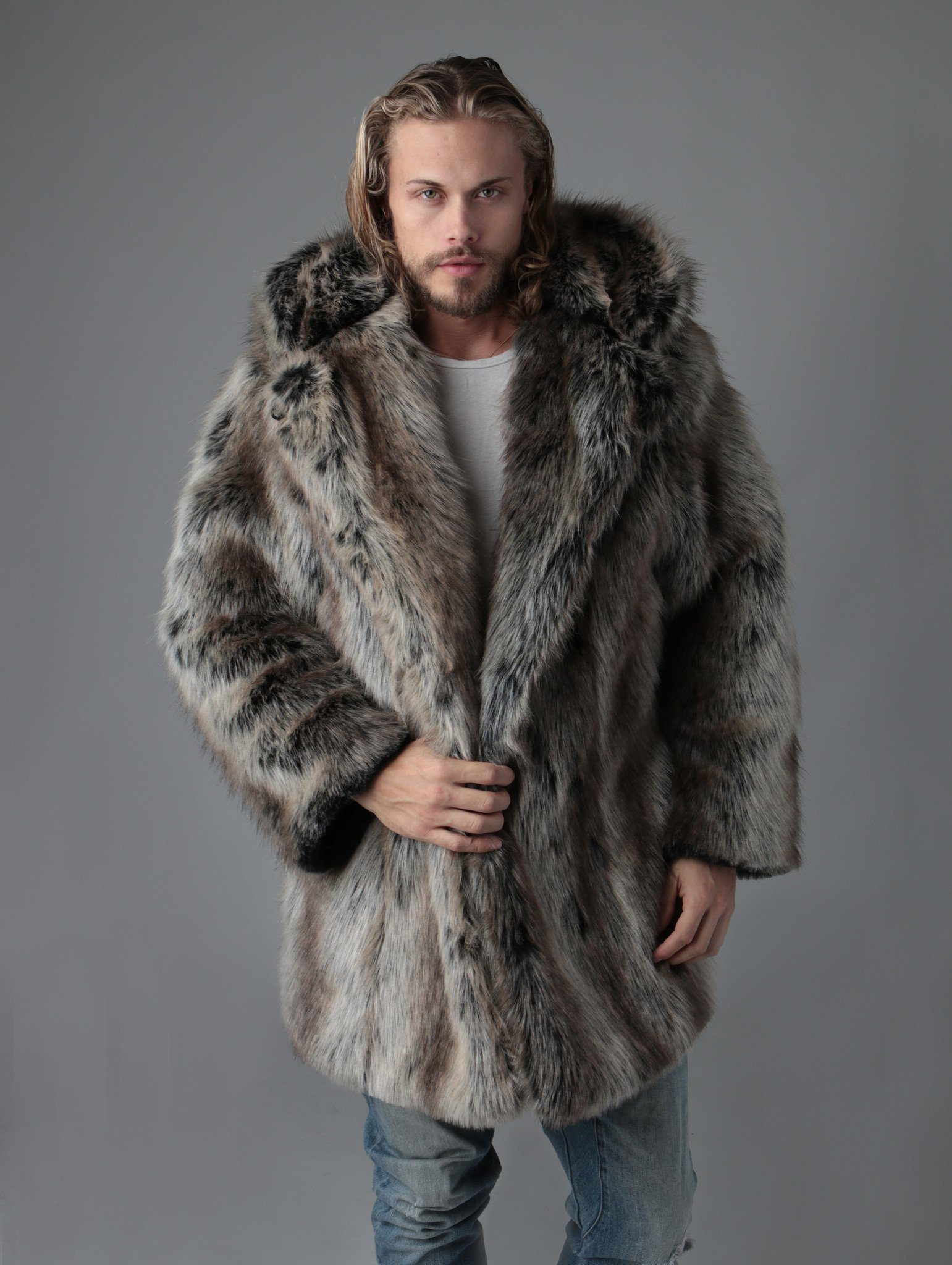 фото пальто из волка единая среда
