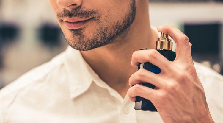 как правильно наносить парфюм